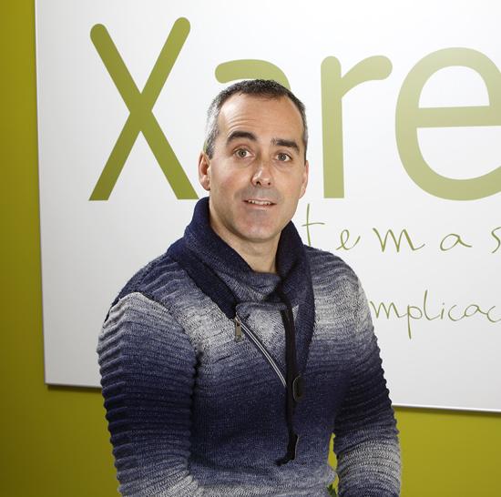 Comercial de Xare Sistemas, empresa de Donostia que ofrece páginas web, suministro y mantenimiento de hardware